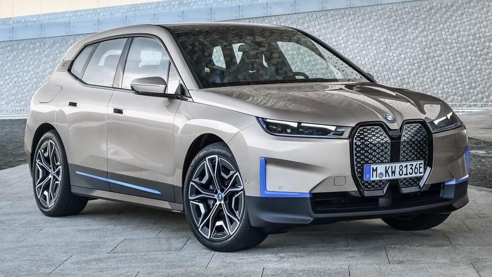 BMW iX 2022-2023