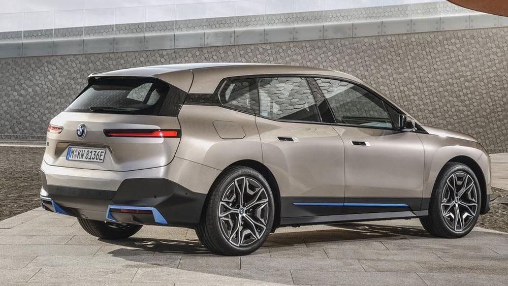 BMW iX и другие автоновинки 2022-2023 года