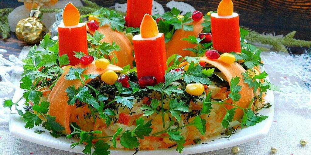 Салат в виде венка со свечами