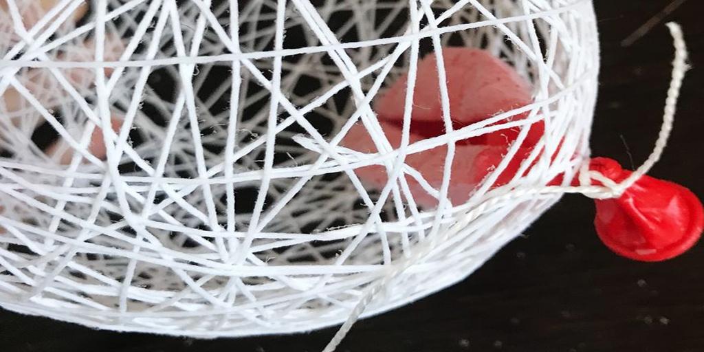 Изготовление шара из ниток
